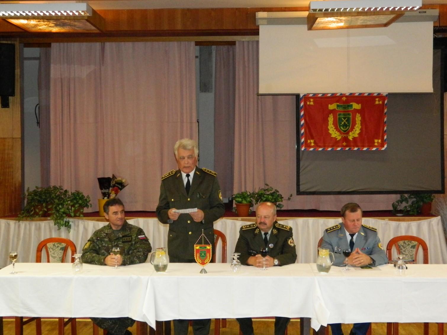 Mezinárodní vojenský výstup na Kriváň XXI – foto.